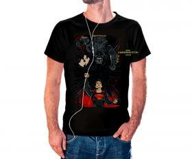 CAMISETA BATMAN VS SUPERMAN Tecido 100% Poliéster Estampa Colorida A3  Sublimação Camiseta na cor preta