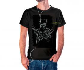 CAMISETA WOLVERINE Tecido 100% Poliéster Estampa Colorida A3  Sublimação Camiseta na cor preta