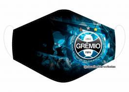 MÁSCARA EM TECIDO FUTEBOL GRÊMIO MOD679 Estampa personalizada no tecido 100% poliéster   1 camada de TECIDO TRICOLINE 100% ALGODÃO formando uma dupla proteção. Costura
