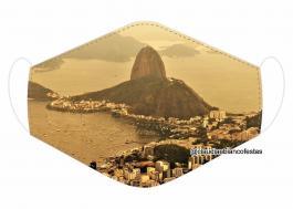 MÁSCARA EM TECIDO RIO DE JANEIRO MOD702 Estampa personalizada no tecido 100% poliéster   1 camada de TECIDO TRICOLINE 100% ALGODÃO formando uma dupla proteção. Costura