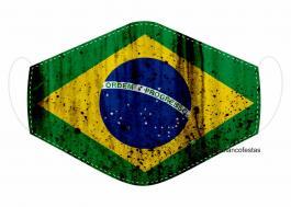 MÁSCARA EM TECIDO BRASIL MOD109 Estampa personalizada no tecido 100% poliéster   1 camada de TECIDO TRICOLINE 100% ALGODÃO formando uma dupla proteção. Costura